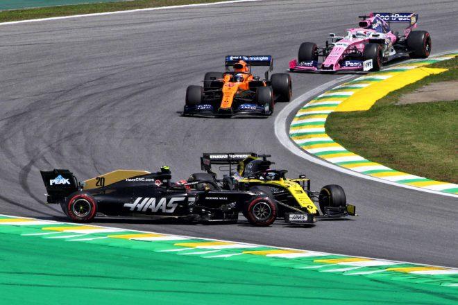 F1ブラジルGPで接触のリカルド、マグヌッセンに謝罪「自分に腹が立った」