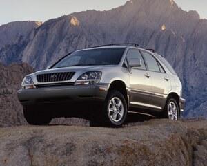 元祖和製高級SUVの魅力とは? レクサス RX試乗記