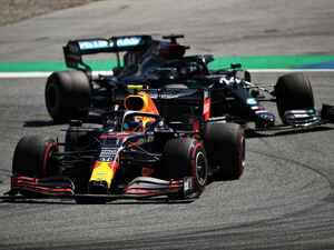 F1オーストリアGP第2幕、因縁のメルセデスAMGとレッドブル・ホンダの戦いはどうなるのか?【モータースポーツ】