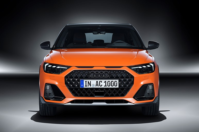 アウディ、A1をクロスオーバー仕立てにした新バリエーション「A1 シティカーバー」を本国で発表