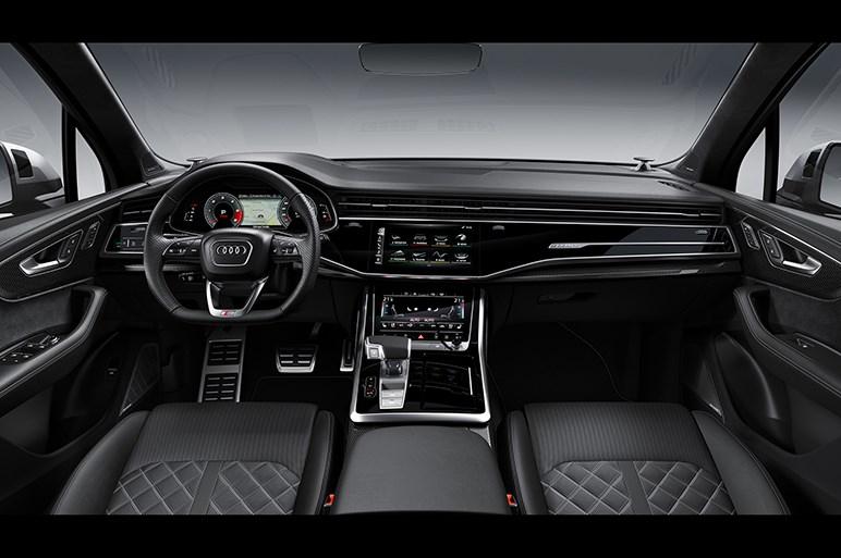 アウディ、Q7シリーズの高性能版「SQ7 TDI」を本国で発表