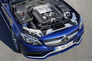 AMG、エンジン組み立ての模様を公開