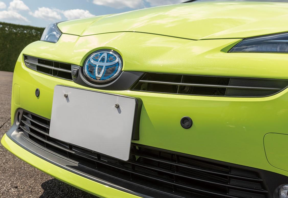 後付けもできる! トヨタ最新の「ペダル踏み間違い加速抑制装置」の中身とは?