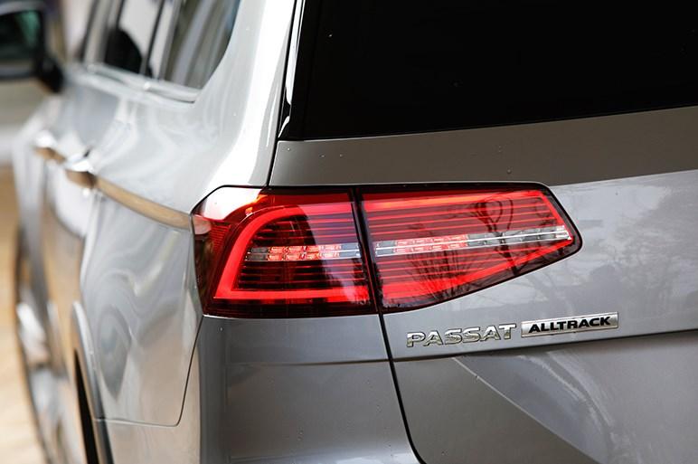SUV仕立て&唯一の4WD、VWパサート オールトラックはシリーズの真打ちか