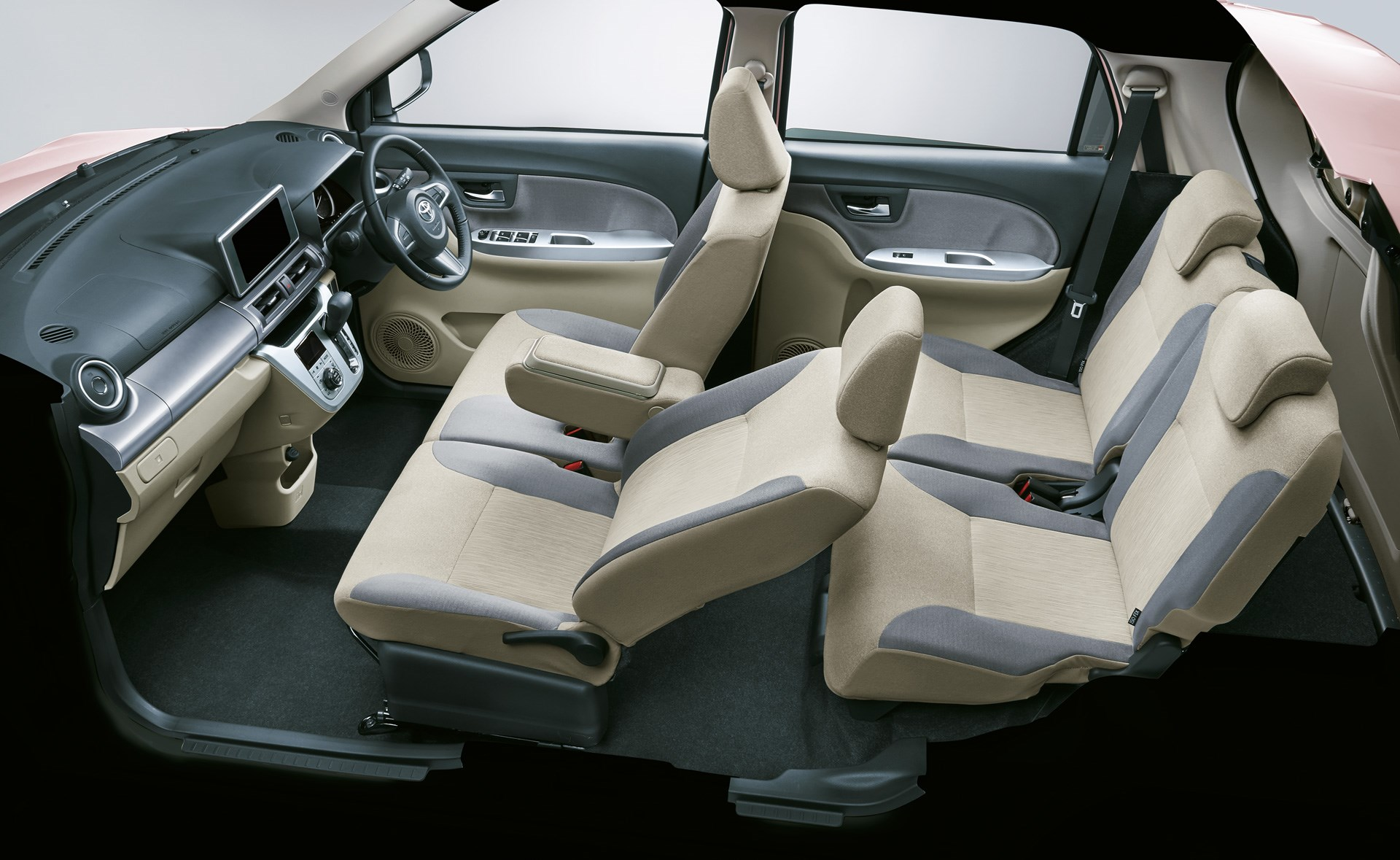 キャストのOEM車、トヨタチャネルで販売