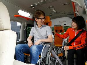 NV350キャラバン チェアキャブは大きな車体に小さな心遣いが散りばめられた1台【介護福祉士の福祉車両レポート】