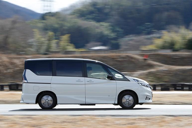 ミニバンのセレナにも「e-POWER」。走りや新機能をプロトタイプで確認した