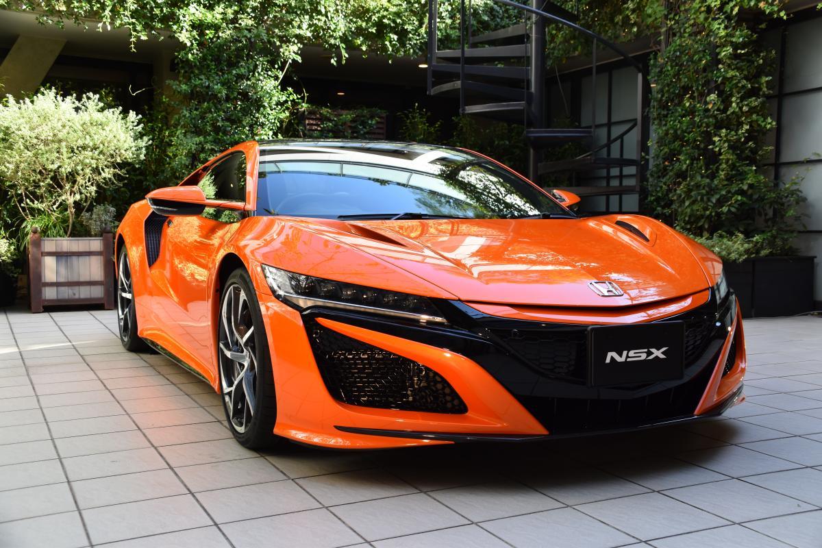 ホンダがNSXを大幅改良! ボディ色に開発者も躊躇するほど鮮烈なオレンジを追加