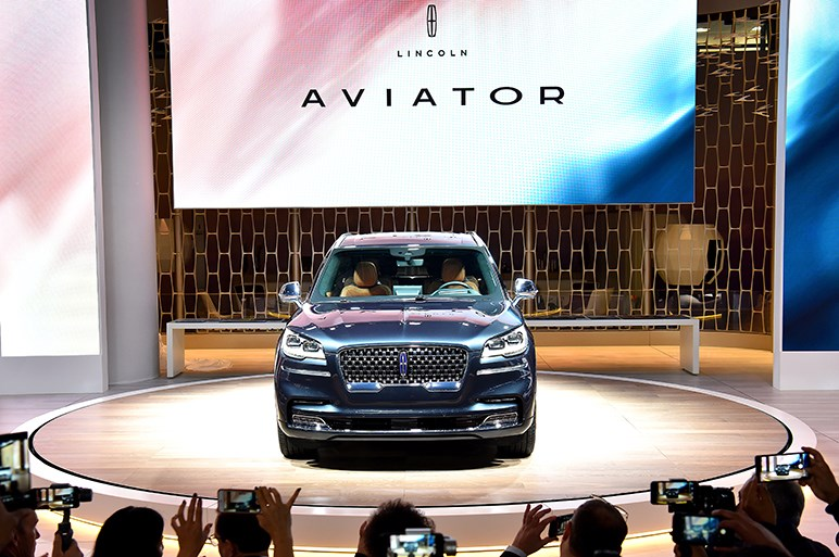 アメリカを代表する高級車リンカーンが新型ラグジュアリーSUVを発表