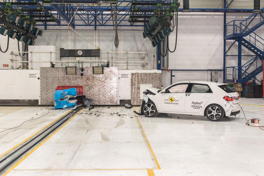アウディの新型「A1スポーツバック」がEuro NCAPの衝突安全性試験で最高評価の5つ星を獲得!