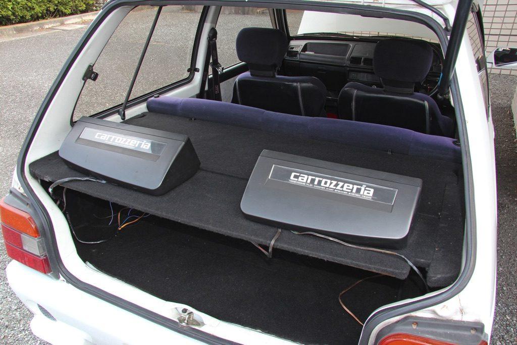 「軽自動車初のDOHCターボエンジンを搭載」初代アルトワークスは空前絶後の超絶ハイパフォーマンスモデルだ!【ManiaxCars】