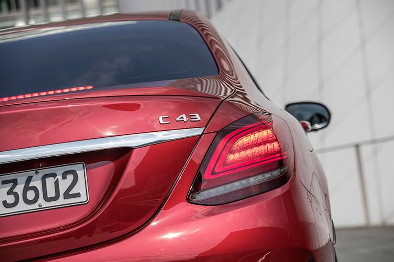 メルセデスAMG、C43の改良モデルを本国で発表。エンジンをハイパワー化