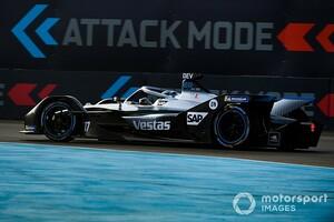 「本物のドライバーが乗ったマリオカート」メルセデスF1代表のフォーミュラE評