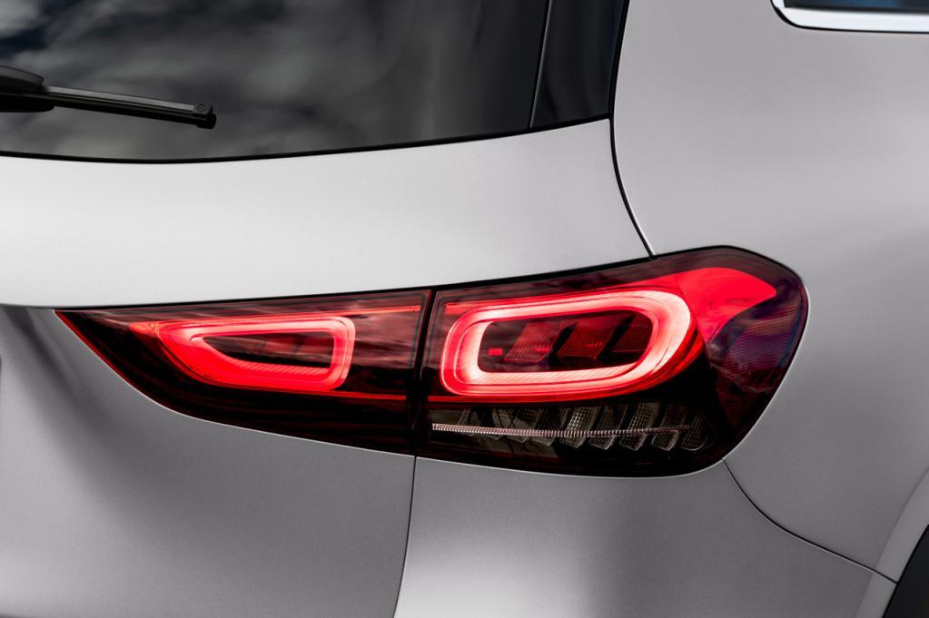 メルセデス・ベンツ最小SUV「GLA」がフルモデルチェンジで二代目に! 最新のメルセデス・デザインを反映|コンパクトSUV速報