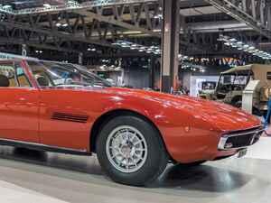 【スーパーカー年代記 015】ギブリはマセラティ初のリトラクタブル式ヘッドランプを採用した大型GT