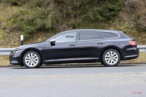 【ワゴン登場へ】VWアルテオン・シューティングブレーク 開発車両を撮影