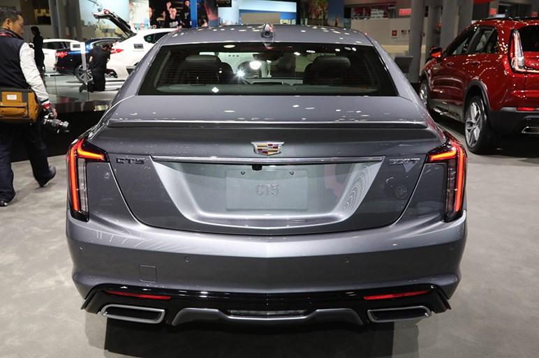 キャデラックの新型「CT5」は来年から一部の高速限定で「手放し」自動運転可能に