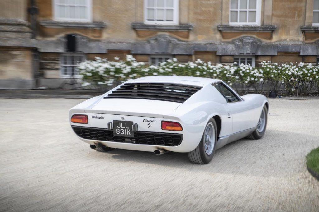 打倒フェラーリを掲げて誕生したランボルギーニ ミウラの進化版「ミウラ S / SV」【名作スーパーカー100選】File.09