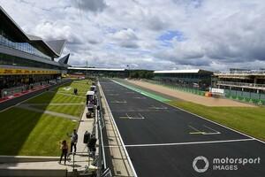 F1イギリスGP、開催に希望の光! イギリス首相、F1関係者の検疫免除を検討か