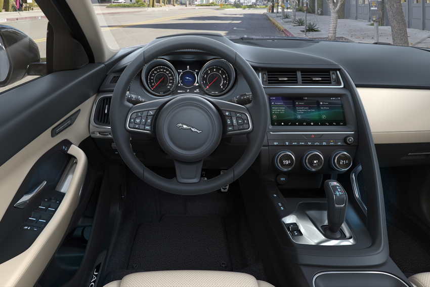 ジャガー、新エンジンを追加したコンパクトSUV「E-PACE」2019年モデル受注開始