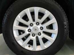 安心2 ☆車両検査証明書☆ 認定検査員による厳正な検査。修復歴やクルマの状態を正しく評価し、総合評価10段階で、傷の程度と場所がわかる車両展開図も記載。 クルマの状態がひとめでわかります。