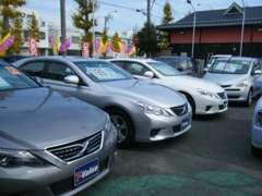 当店では、軽自動車からコンパクト・1BOX・RV、T-Value車まで多種多様なラインナップで皆様のご来店をお待ちしております
