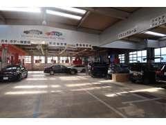 輸入車の車検点検だけでなく板金やカスタマイズも対応できます。