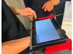 お客様のクルマに直接触れる機材・工具はすべてSnap-on(スナップオン)を使用しております。※正規ディーラー同等のテスター完備
