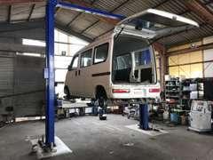 ☆熟練の整備士がお客様のお車を徹底整備致します。☆