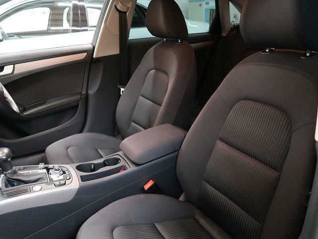 ●パワーシート『電動でシートを調節できる大変便利なスイッチです。』