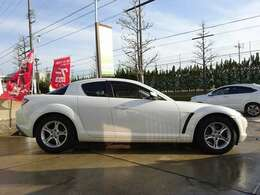 ぜひ、ご来店いただき 現車を見て触って聴いて 体感頂きたいです♪キャンペーン中はRX-8ご購入の大チャンス!詳細はキャンペーン詳細を!