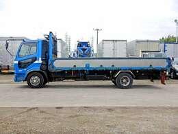 車両総重量7990kg 最大積載量3000kg