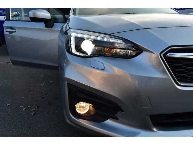 LEDライト&フォグランプ。雨の日や夜道でも安心して運転して頂けます。実用性だけでなくスタイリッシュでよりスポーティー☆