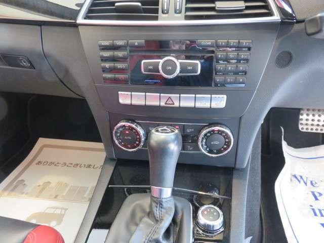 輸入車にはDAS(メルセデスベンツ専用)・VADIS(ボルボ専用)・D91(BMW・アウディ・VW等)・TECH2(GM車専用)を導入。経験豊富なプロのメカニックと診断機の蓄積データでよりキメ細かい整備・点検を行います。