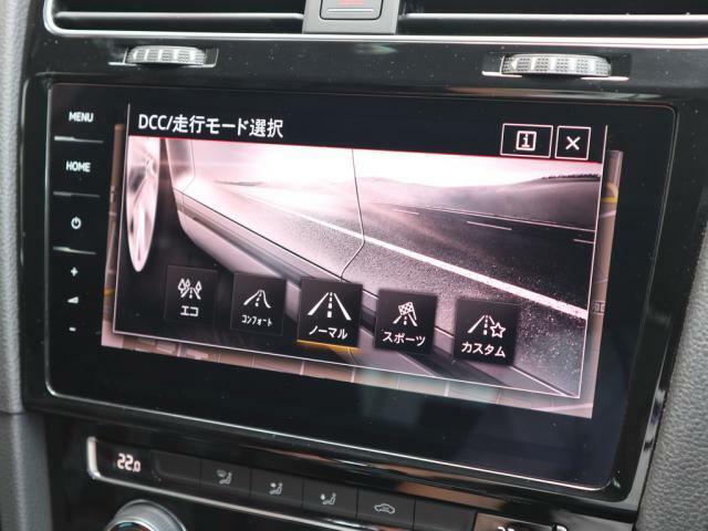 走行モードの切り替えに合わせてDCC(アダプティブシャーシコントロール)が適切に足回りを調整します。