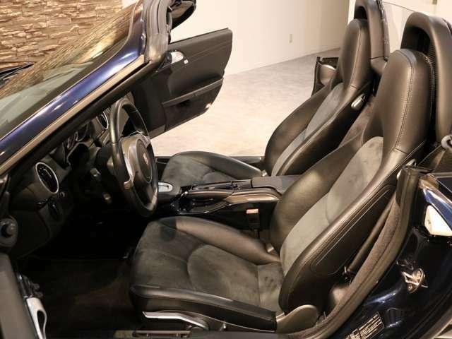 18インチボクスターSホイール ブラックインテリア ハーフレザーシート シートヒーター