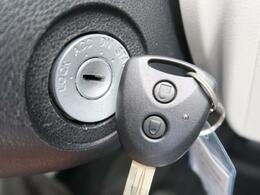 ★キーレスエントリー!ボタン1つで、キーを差さなくてもドアの開閉が可能です★