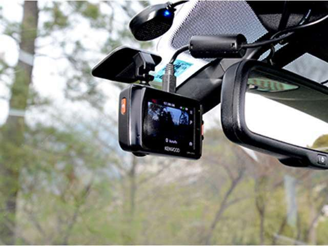 Bプラン画像:もはや必需品!ドライブレコーダーで万が一の事故記録も安心!