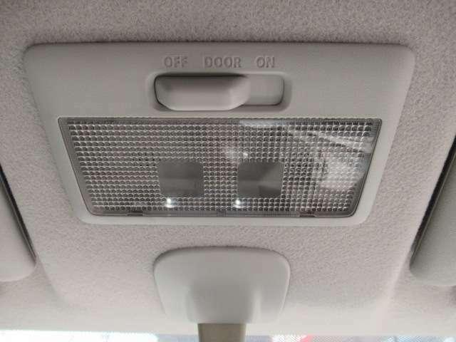 車内灯も正常に動作します!