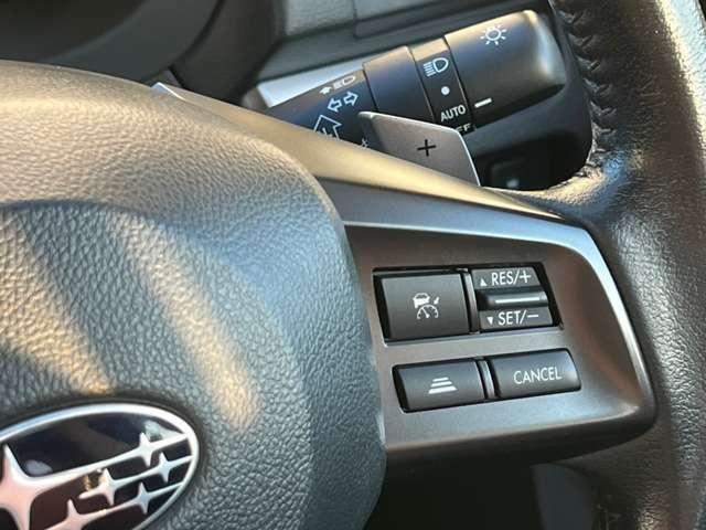 レーダークルーズコントロール装備!車間距離を一定に保ち、加速減速を自動で行ってくれます。パドルシフト装備しております♪