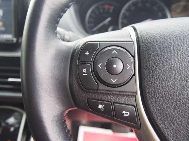 イクリプス製ナビとの組み合わせですがステアリングスイッチも作動に問題もありません!運転中にハンドルから手を放さずにオーディオ操作が可能なのもうれしいポイントではないでしょうか!