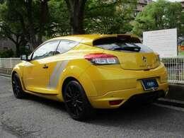 日本国内60台のみの限定販売車となります。