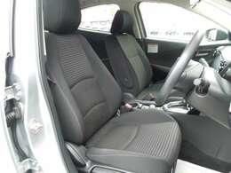 ドライバーがまっすぐ適正な姿勢で座り操作できるマツダならではのペダルレイアウトで運転をしやすく、疲れにくい運転席です!