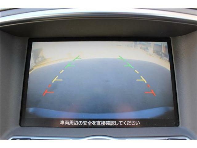 バックカメラ搭載♪モニターで後方を確認しながら駐車できるので安心・安全です☆