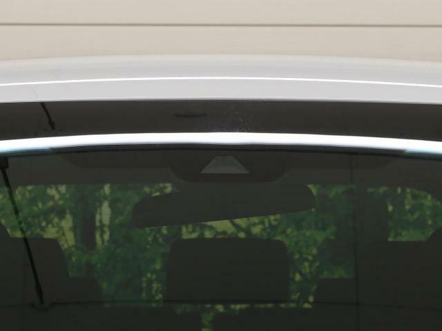 「トヨタセーフティセンス」!衝突回避支援ブレーキ機能&衝突警報機能&車線逸脱警報機能&誤発進抑制制御機能&先行車発進お知らせ機能&オートハイビーム、と多機能にわたりドライブをサポート!