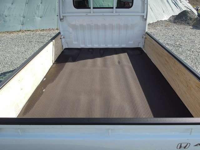 荷台純正マット&3方板張り