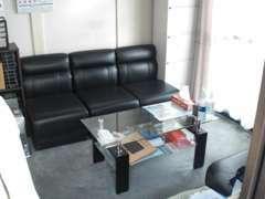 事務所スペースです。自社ローン有、オートローンの審査がダメだった方もお問い合わせ下さい。