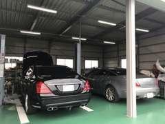 ベンツ・BMW・ポルシェなどの輸入車も幅広く対応致します