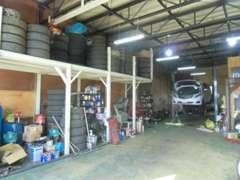 販売以外にも修理・車検・その他、車の事は何でもご相談下さい!ご希望があれば、法定整備後の納車も可能です!
