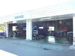 整備工場完備☆一級整備士在籍で安心と信頼のサービスを行います。